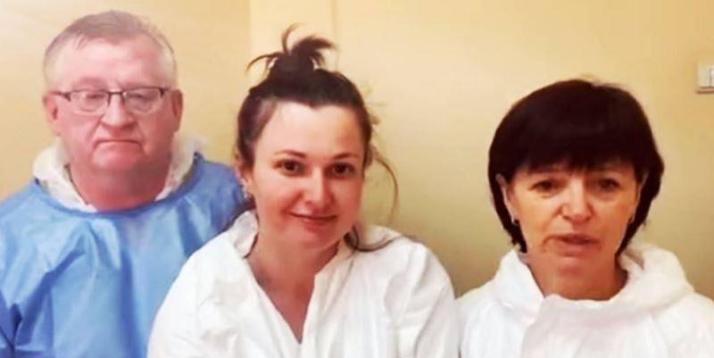 Це лікарі Київської Олександрівської Лікарні. І саме вони незважаючи на мізерні зарплати, важкі умови рятують життя і здоров'я багатьох Українців.!!!!